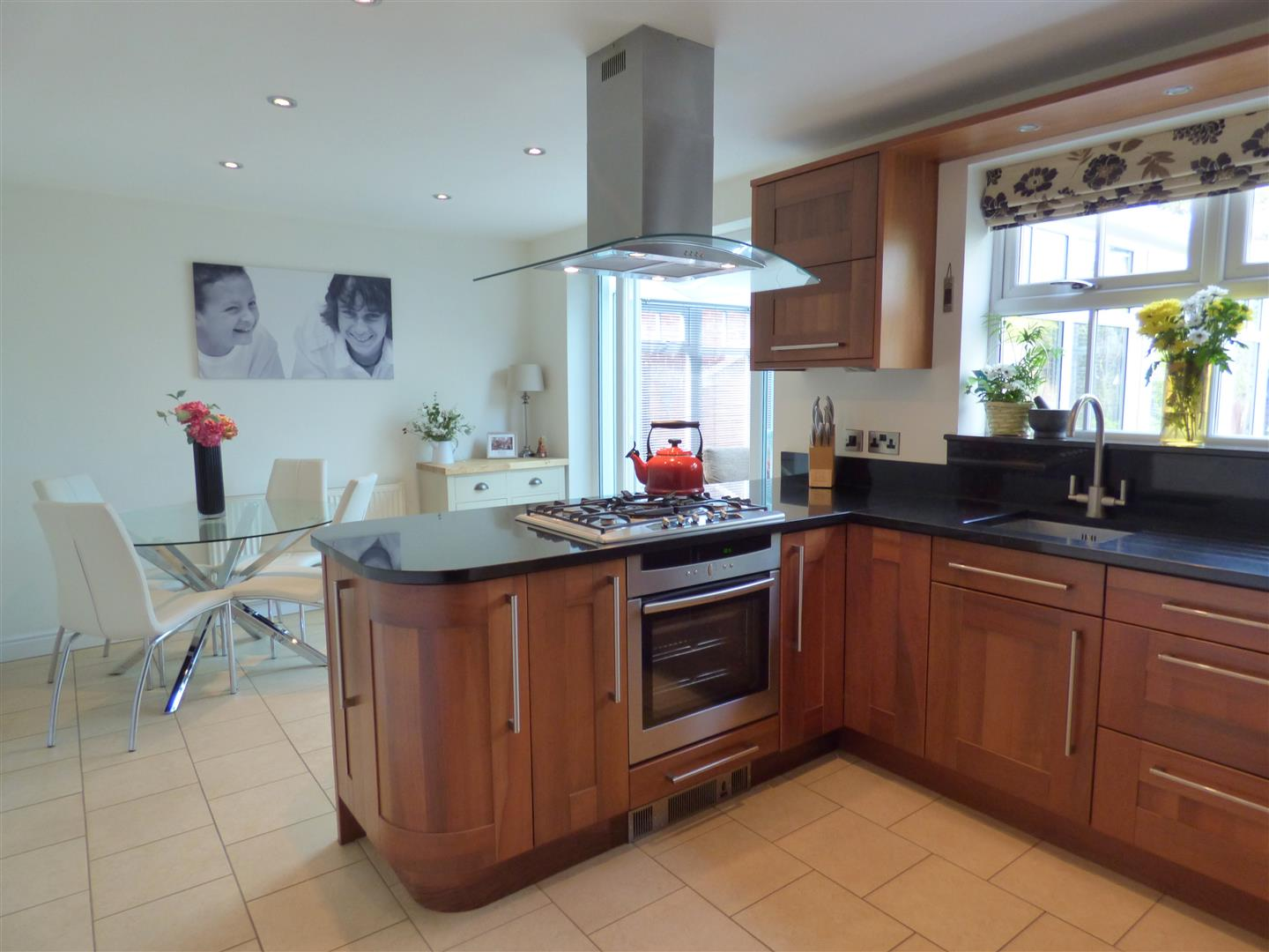 Double Glazed Kitchen Doors House Detached 30 Thyme Way Beverley East Yorkshire Hu17 8xh